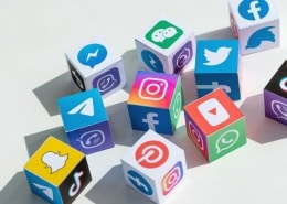 Dice with icons of social media platforms